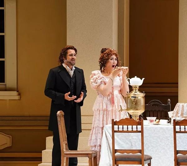 Sputnik. 「ロシアは本当に言葉を大切にする文化」 オペラ歌手の鳥木弥生 東京の新国立劇場での「エフゲニー・オネーギン」への出演について語った