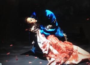 ONTOMOの恋愛マスターこと鳥木弥生さんが、ついに美術史研究家のパートナーと登場! 「眠り」と「死」の表現について、さまざまな絵画を例に考察します。オペラで死んでいる人と寝ている人を見分けられるようになるかも?